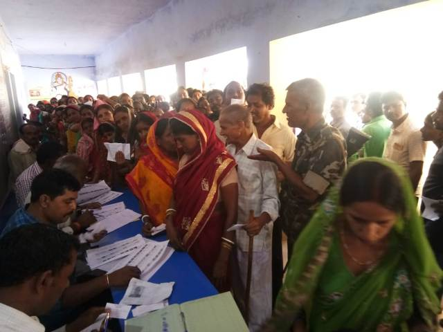 Polling average 73.7 percent in Deoghar