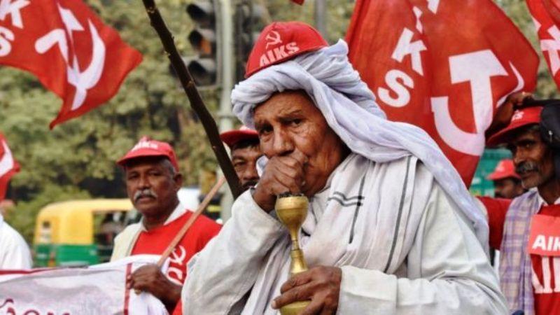 महाराष्ट्र की शेखुबाई को मिला अपनी ज़मीन पर अधिकार