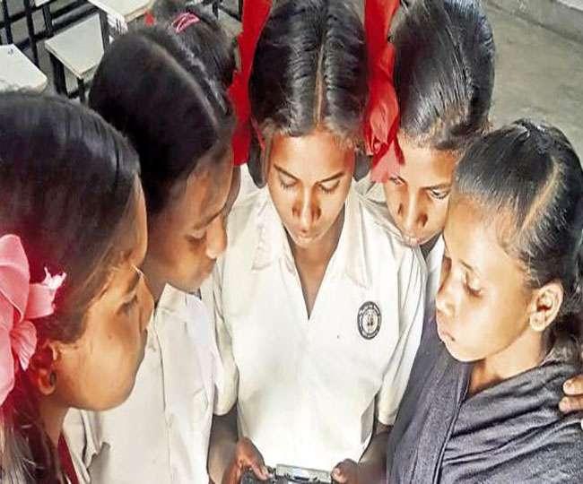 शादी-करियर का झांसा देकर बेची जा रहीं झारखंड की लड़कियां