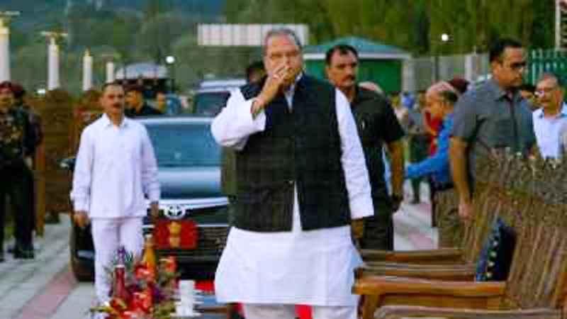 राज्यपाल सत्यपाल मलिक ने कश्मीर के नेताओं से की अपील