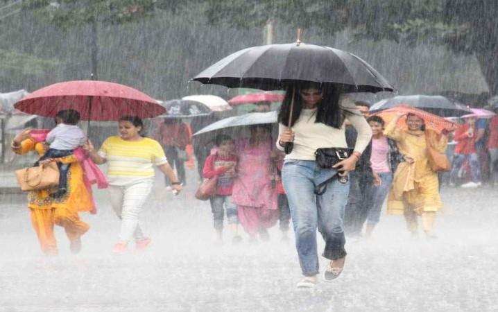 देश के 15 राज्यों में भारी बारिश का अलर्ट