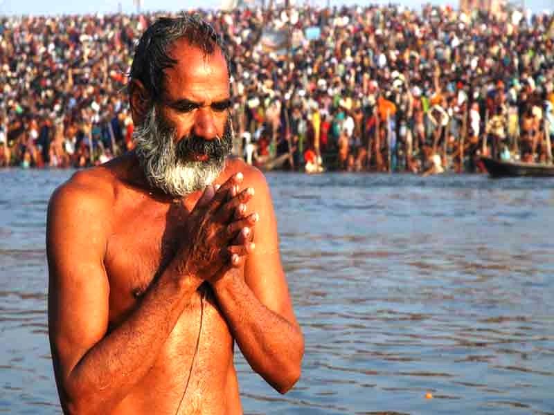 बसंत पंचमी पर आज कुंभ का तीसरा शाही स्नान