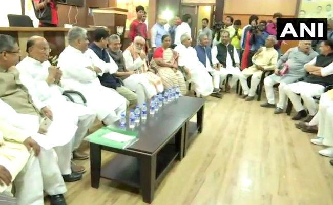 लोकसभा चुनाव 2019 : भाजपा की तीन सदस्यीय कमेटी चुनेगी प्रत्याशी, वर्तमान केंद्रीय मंत्रियों के नहीं कटेंगे नाम