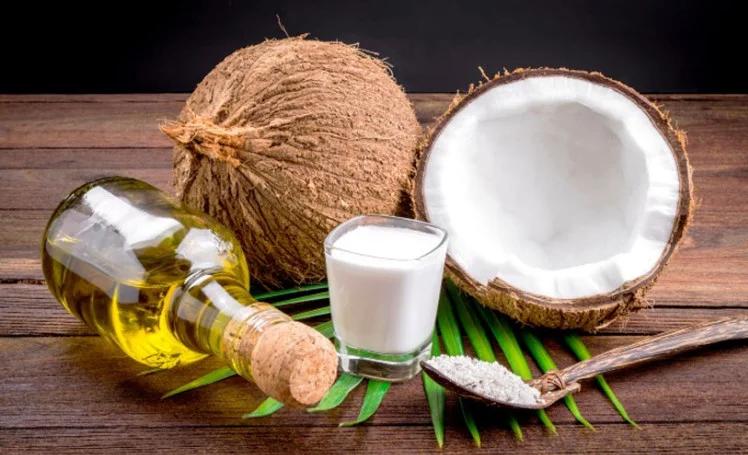 जानिए नारियल के तेल और बेकिंग सोडा के फायदे