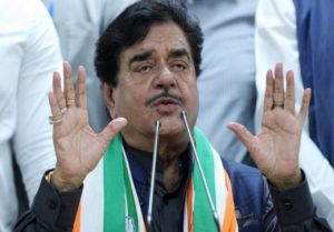 Shatrughan Sinha told when the jail gate of Lalu Prison